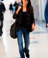 Penelope-Cruz---Arrives-at-JFK-Airport-02.jpg