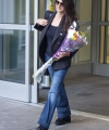 Penelope-Cruz---Arrives-at-JFK-Airport-06.jpg