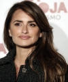 penelope-cruz-2019-union-de-actores-awards-in-madrid-5.jpg