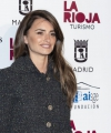 penelope-cruz-2019-union-de-actores-awards-in-madrid-9.jpg