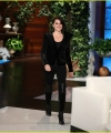 penelope-cruz-tells-ellen-that-she-sought-donatella-versaces-approval-to-play-her-03.JPG